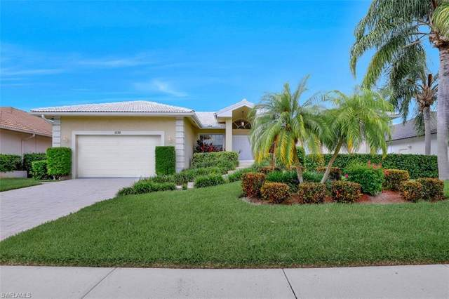 1130 Lighthouse Ct, Marco Island, FL 34145 (#220061327) :: Vincent Napoleon Luxury Real Estate
