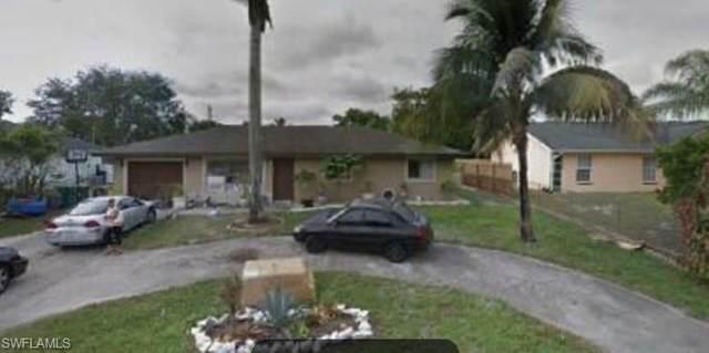 2221 52nd Ln SW, Naples, FL 34116 (MLS #220061421) :: NextHome Advisors