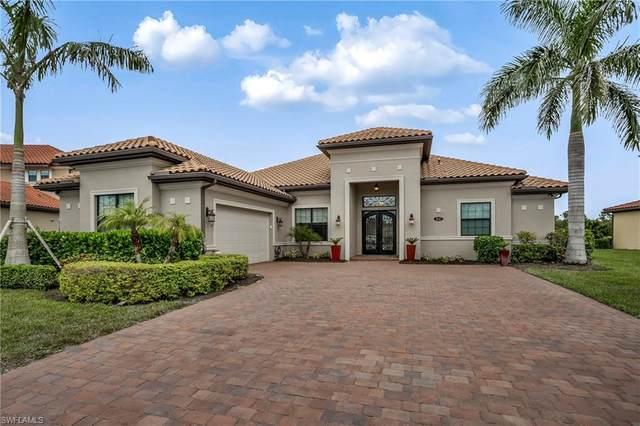 1647 Songbird Ct, Naples, FL 34120 (#220061522) :: The Dellatorè Real Estate Group