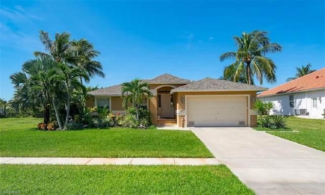 160 Kirkwood St, Marco Island, FL 34145 (MLS #220061575) :: NextHome Advisors