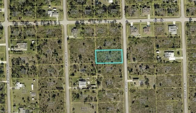 919 Lake Ave, Lehigh Acres, FL 33972 (MLS #220061618) :: Dalton Wade Real Estate Group