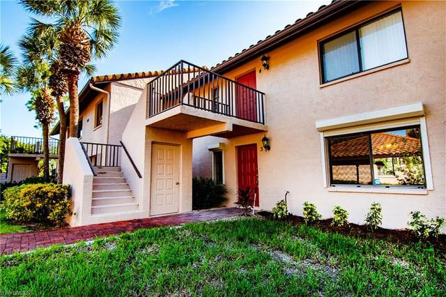 3207 Horse Carriage Way #403, Naples, FL 34105 (#220061714) :: Equity Realty
