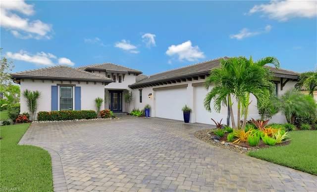 2151 Antigua Ln, Naples, FL 34120 (#220062855) :: The Dellatorè Real Estate Group