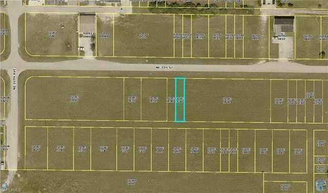 1036 NE 7th St, Cape Coral, FL 33909 (MLS #220063001) :: Clausen Properties, Inc.