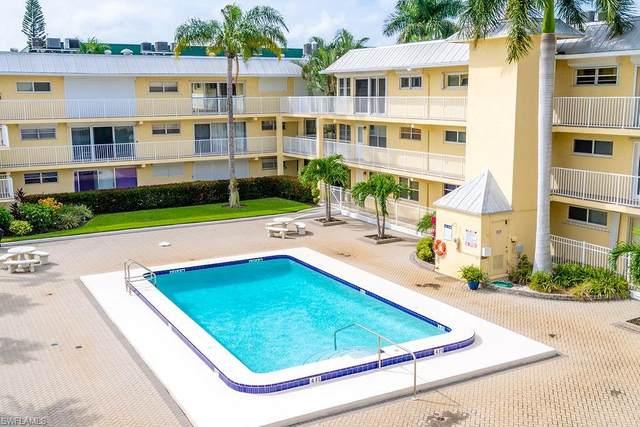1100 8th Ave S 302A, Naples, FL 34102 (MLS #220063804) :: Eric Grainger | Engel & Volkers