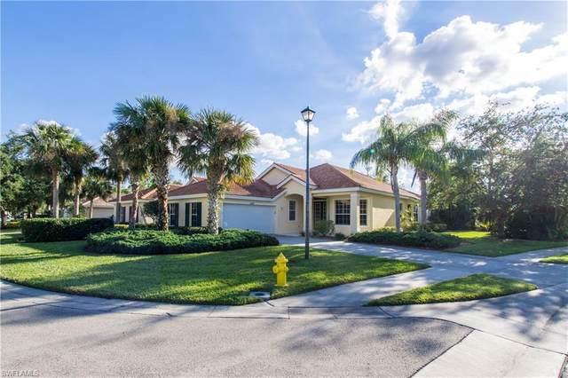 6137 Highwood Park Ln, Naples, FL 34110 (MLS #220063938) :: Florida Homestar Team