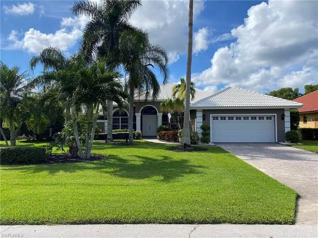 9768 Alhambra Ln, Bonita Springs, FL 34135 (#220064451) :: The Dellatorè Real Estate Group