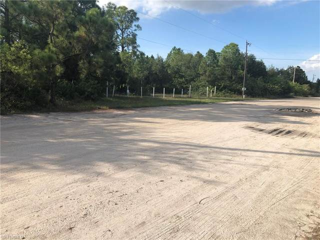 11680 Shawnee Rd, Fort Myers, FL 33913 (MLS #220064486) :: RE/MAX Realty Group