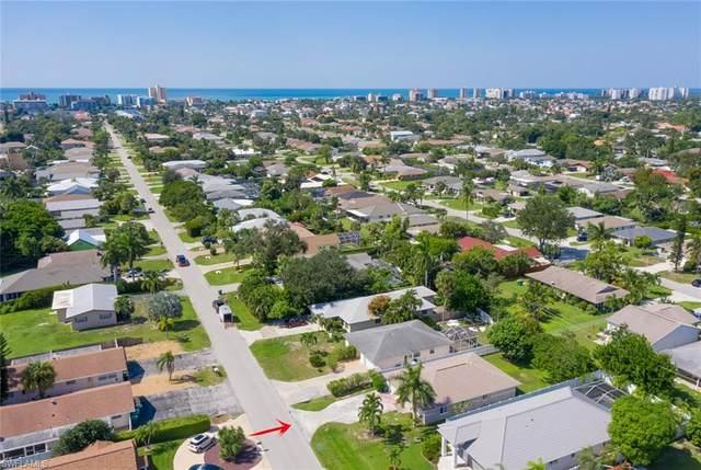 673 97th Ave N, Naples, FL 34108 (MLS #220065144) :: Kris Asquith's Diamond Coastal Group