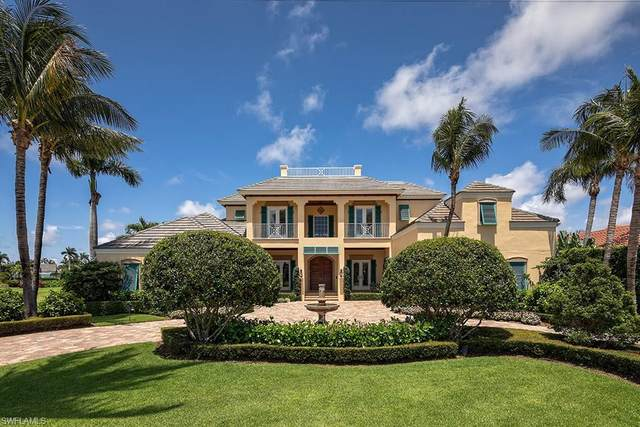 3243 Gin Ln, Naples, FL 34102 (#220066047) :: Vincent Napoleon Luxury Real Estate