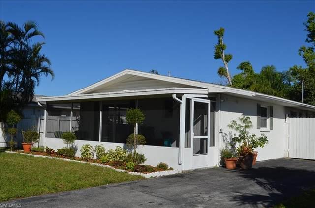 751 100th Ave N, Naples, FL 34108 (MLS #220066484) :: Kris Asquith's Diamond Coastal Group