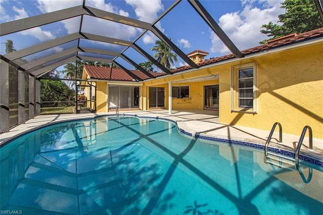 2085 Alamanda Dr, Naples, FL 34102 (#220066795) :: The Dellatorè Real Estate Group