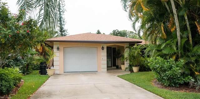 590 104th Ave N, Naples, FL 34108 (MLS #220066847) :: Kris Asquith's Diamond Coastal Group