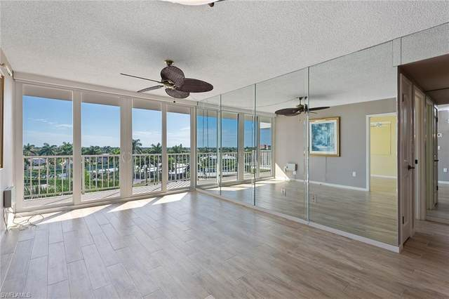 180 Seaview Ct #612, Marco Island, FL 34145 (MLS #220067546) :: Kris Asquith's Diamond Coastal Group