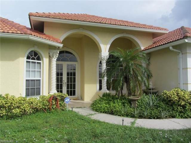 4394 20th St NE, Naples, FL 34120 (#220067745) :: We Talk SWFL