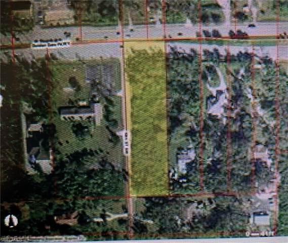 Golden Gate Pky E, Naples, FL 34116 (MLS #220067972) :: Kris Asquith's Diamond Coastal Group