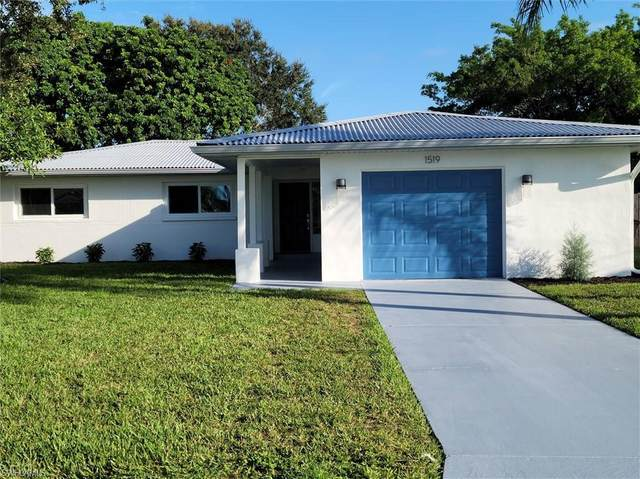 1519 SE 17th St, Cape Coral, FL 33990 (MLS #220068093) :: Eric Grainger | Engel & Volkers