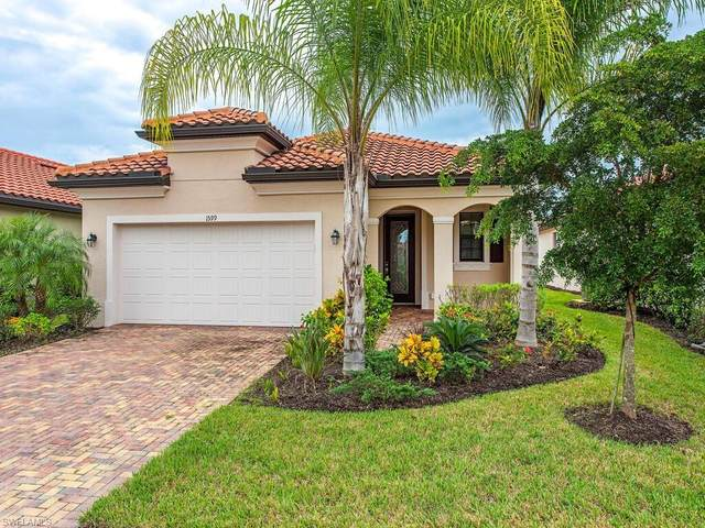 1599 Marton Ct S, Naples, FL 34113 (#220068155) :: Vincent Napoleon Luxury Real Estate