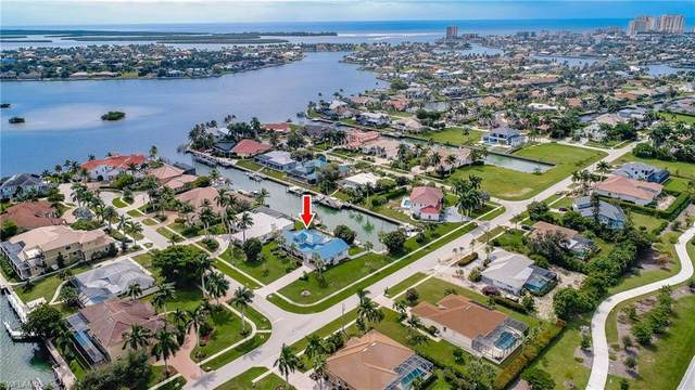 510 Alameda Ct, Marco Island, FL 34145 (#220068225) :: The Dellatorè Real Estate Group