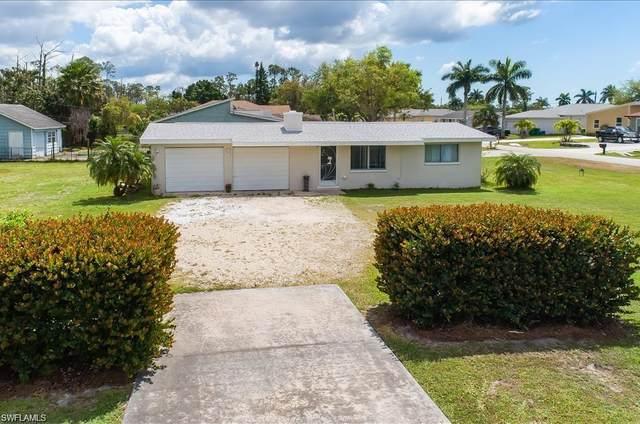 200 Benson St, Naples, FL 34113 (#220070163) :: The Dellatorè Real Estate Group