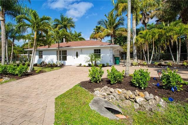 2225 Estey Ave, Naples, FL 34104 (MLS #220070756) :: Realty Group Of Southwest Florida