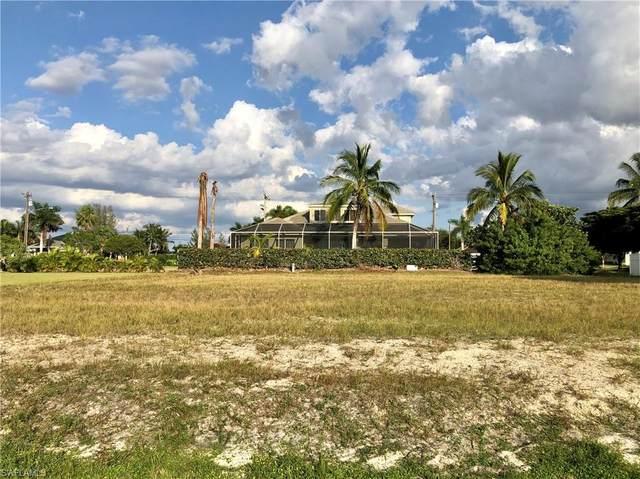 4023 SW 16th Pl, Cape Coral, FL 33914 (MLS #220072733) :: Dalton Wade Real Estate Group