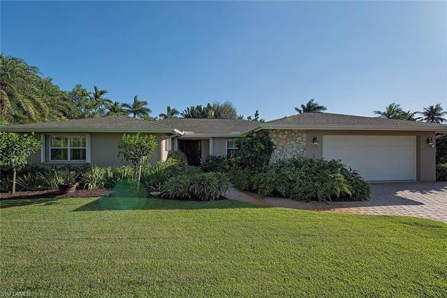 500 Orchid Dr, Naples, FL 34102 (#220072756) :: The Michelle Thomas Team