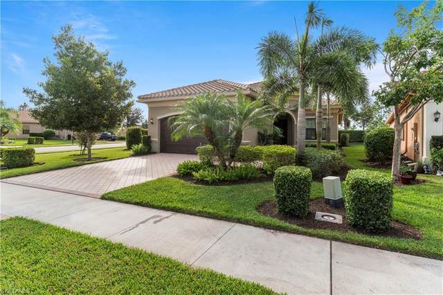 3546 Beaufort Ct, Naples, FL 34119 (MLS #220073304) :: The Naples Beach And Homes Team/MVP Realty
