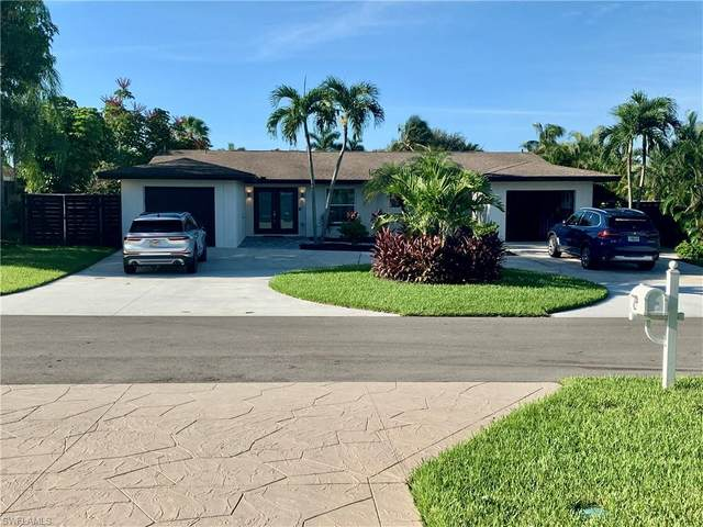 430 Seabee Ave, Naples, FL 34108 (MLS #220073950) :: The Naples Beach And Homes Team/MVP Realty