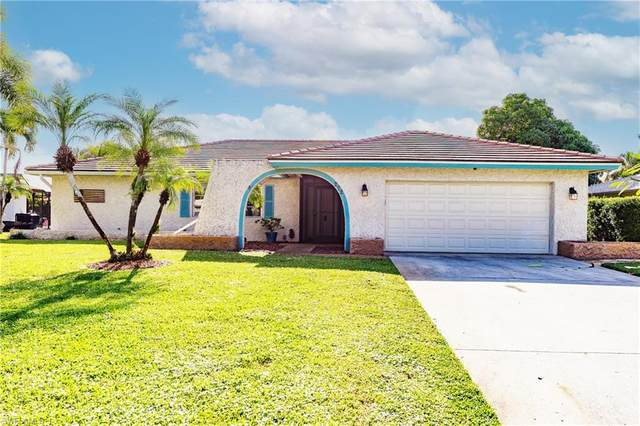 272 Forest Hills Blvd, Naples, FL 34113 (MLS #220074999) :: Clausen Properties, Inc.
