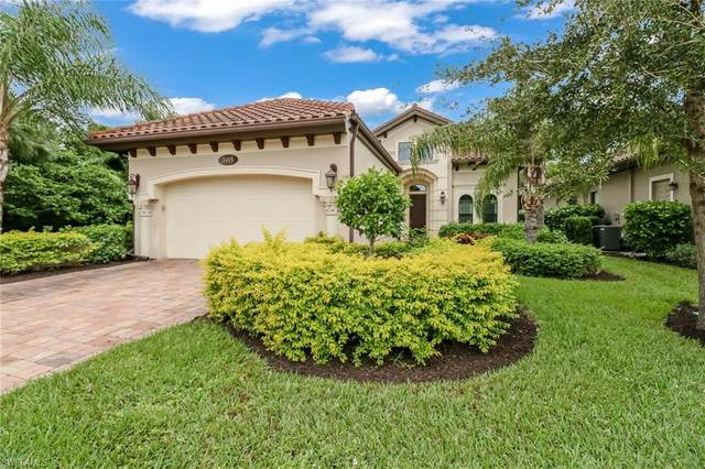 7415 Lantana Cir, Naples, FL 34119 (MLS #220075082) :: The Naples Beach And Homes Team/MVP Realty