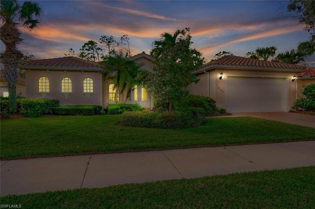 1604 Serenity Cir, Naples, FL 34110 (MLS #220075187) :: The Naples Beach And Homes Team/MVP Realty