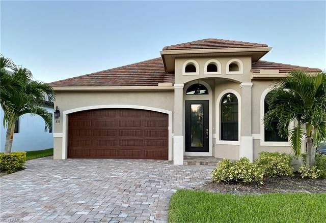 837 105th Ave N, Naples, FL 34108 (MLS #220076717) :: Clausen Properties, Inc.