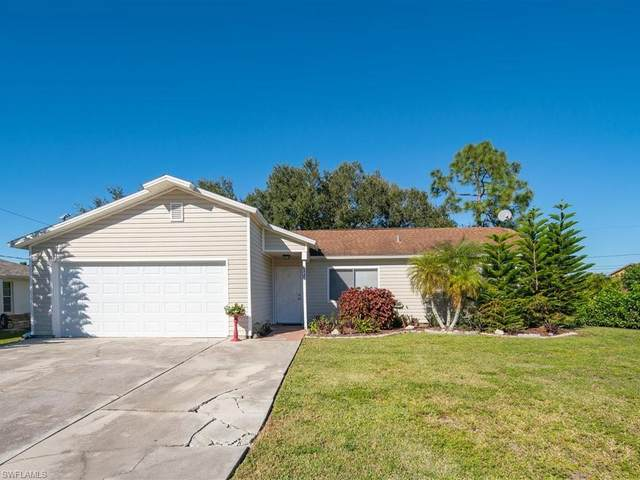 8445 Butternut Rd, Fort Myers, FL 33967 (MLS #220076822) :: Uptown Property Services