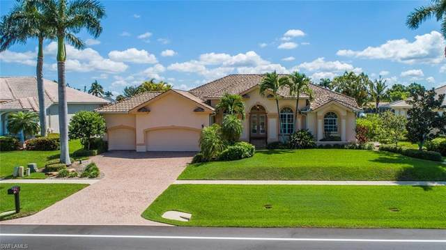 462 Kendall Dr, Marco Island, FL 34145 (MLS #220076942) :: Uptown Property Services