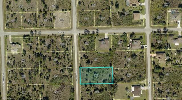 818 Eighth Ave, Lehigh Acres, FL 33972 (MLS #220079528) :: RE/MAX Realty Group
