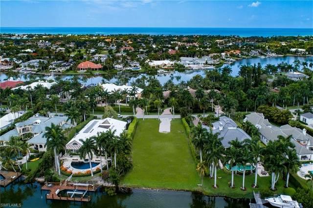 1209 Spyglass Ln, Naples, FL 34102 (MLS #221000168) :: Premier Home Experts