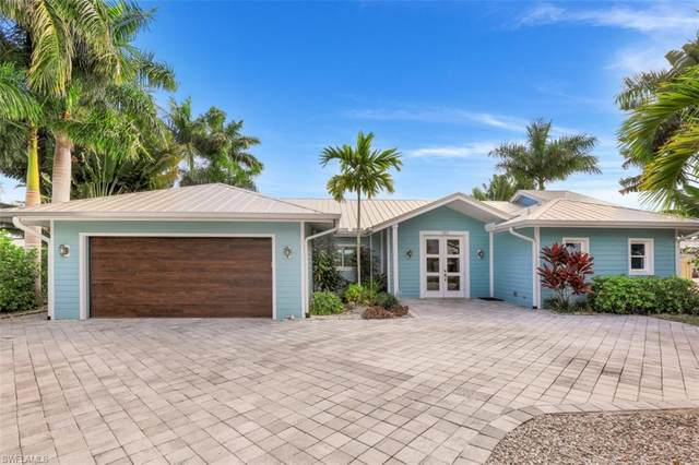 180 Channel Dr, Naples, FL 34108 (MLS #221002517) :: RE/MAX Realty Group