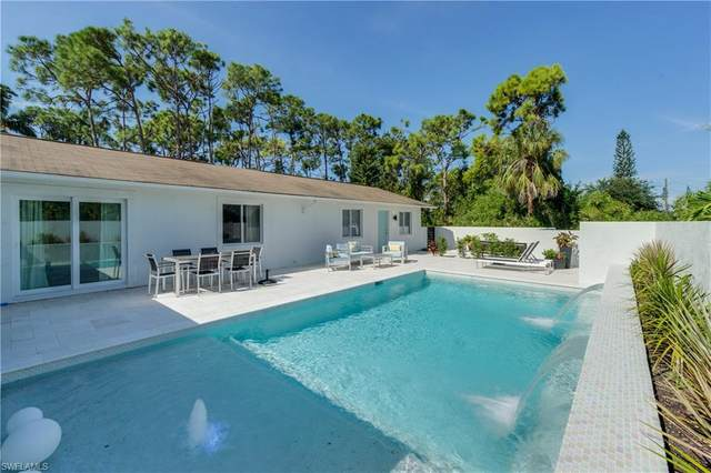4041 Mariner Ln, Bonita Springs, FL 34134 (MLS #221003637) :: Avantgarde