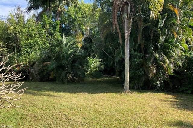 560 Rudder Rd, Naples, FL 34102 (#221003813) :: We Talk SWFL