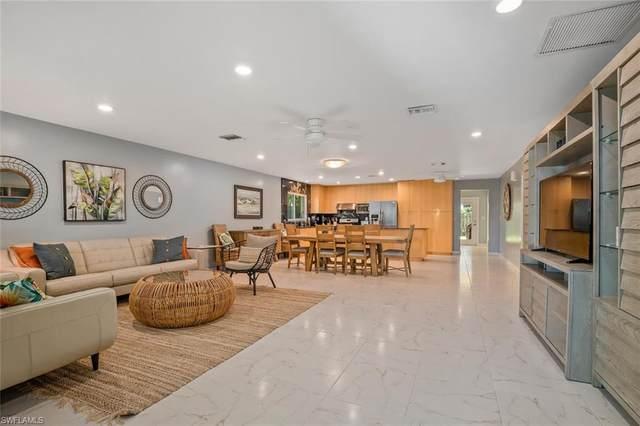 616 106th Ave N, Naples, FL 34108 (MLS #221004036) :: Domain Realty