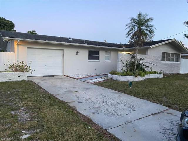 2596 47th St SW, Naples, FL 34116 (MLS #221004204) :: Clausen Properties, Inc.