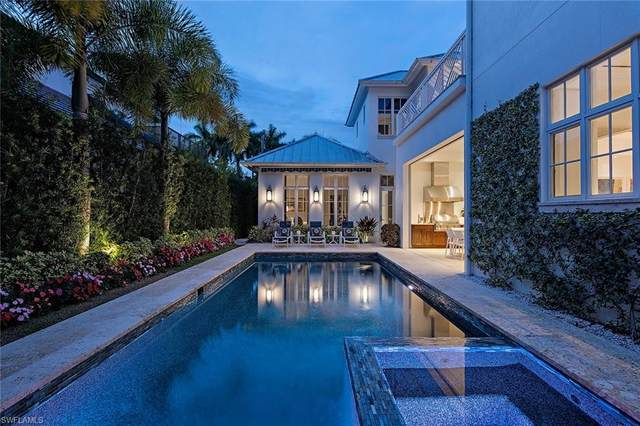 663 14th Ave S, Naples, FL 34102 (#221004387) :: Caine Luxury Team