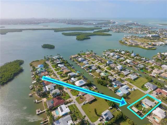 403 Samar Ave, Naples, FL 34113 (#221004745) :: The Dellatorè Real Estate Group