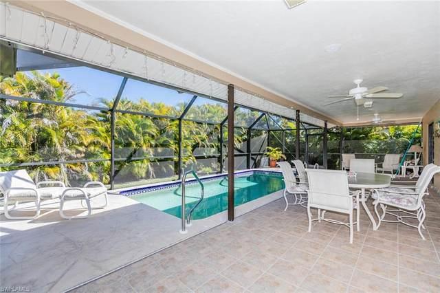 217 Bermuda Rd, Marco Island, FL 34145 (#221005244) :: The Dellatorè Real Estate Group