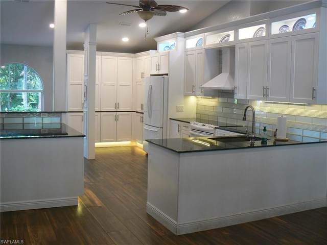 3215 5th Ave NW, Naples, FL 34120 (#221006356) :: The Michelle Thomas Team