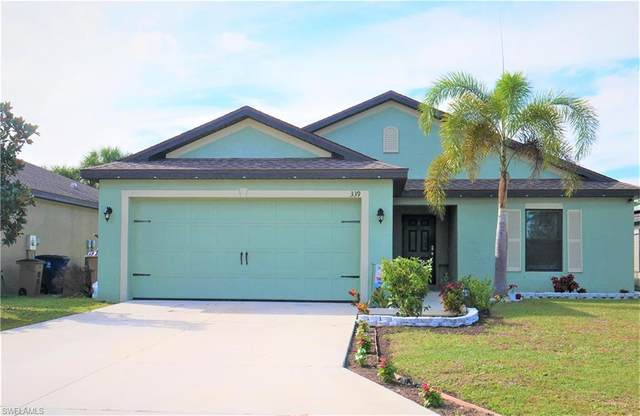 339 Shadow Lakes Dr, Lehigh Acres, FL 33974 (MLS #221006369) :: Domain Realty