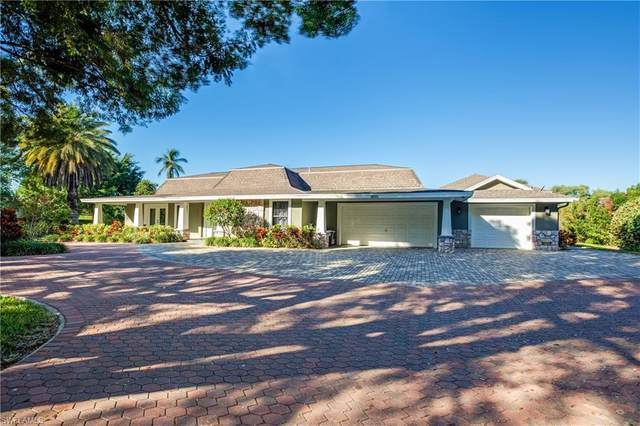 1555 Crayton Rd, Naples, FL 34102 (MLS #221006399) :: Realty World J. Pavich Real Estate