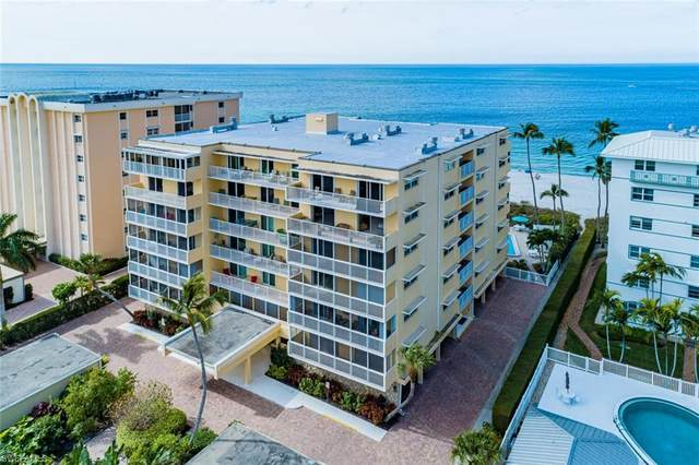 1977 Gulf Shore Blvd N #606, Naples, FL 34102 (#221006429) :: The Dellatorè Real Estate Group