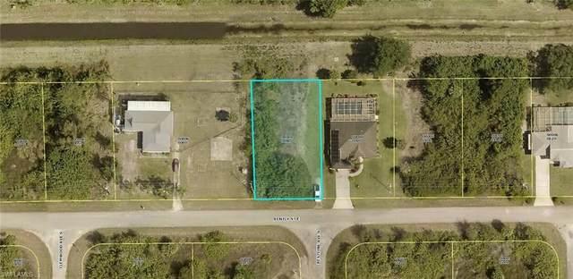 745 Bently St E, Lehigh Acres, FL 33974 (#221007576) :: Southwest Florida R.E. Group Inc